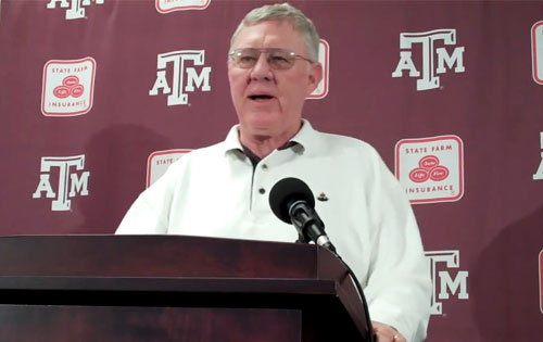 joe-kines-speaking-aggie-footbal-press-conference-2009